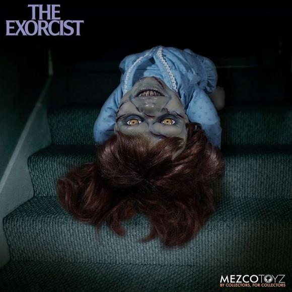 首も回るししゃべる。映画「エクソシスト」の悪霊に取り憑かれたリーガンのフィギアが予約販売開始!