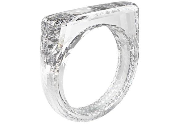 土台まで全部丸ごとダイヤモンド!アップル社の最高デザイン責任者がデザインした究極ダイヤモンドリング