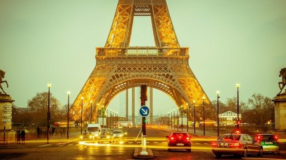 eiffel-tower-1156146_640_e