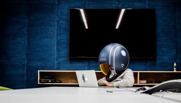 helmet2_e