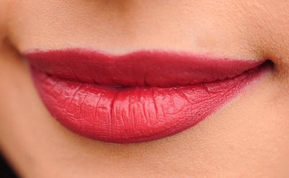 lips-1690875_640_e