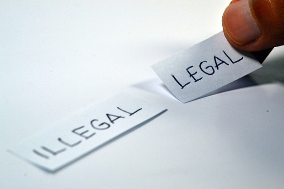legal-1143114_640_e