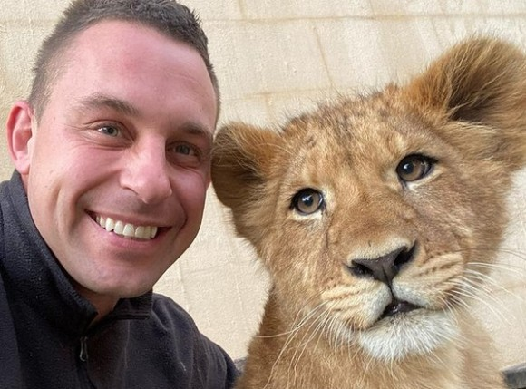 愛がすべて。野生動物公園の飼育員が動物たちとの日常をシェア(オーストラリア)