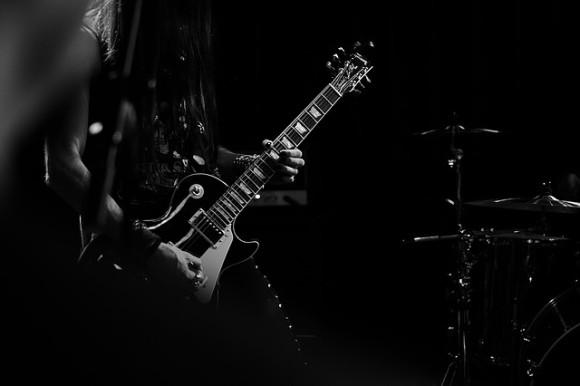 guitar-1245856_640_e