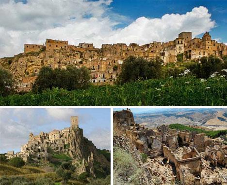 16-cracoa-italy-ghost-village1