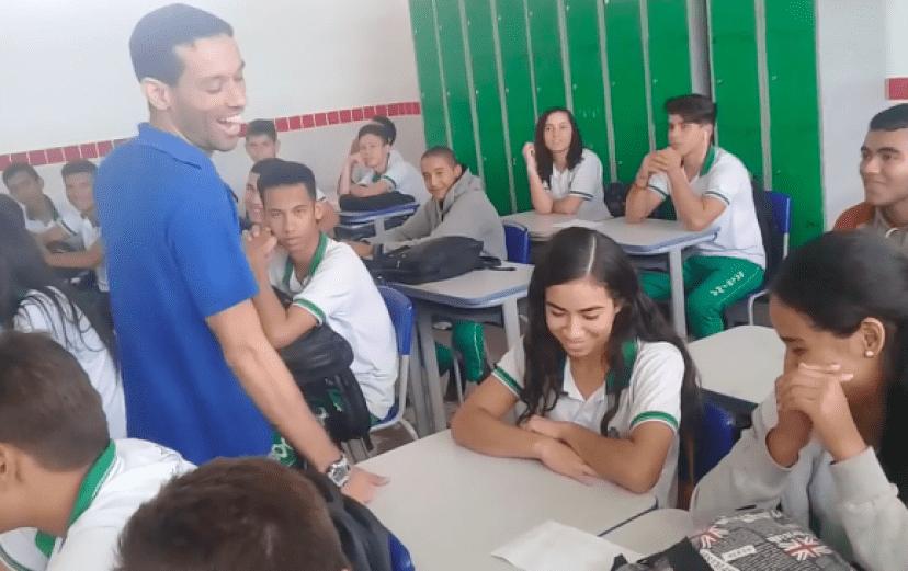 teacher3_e