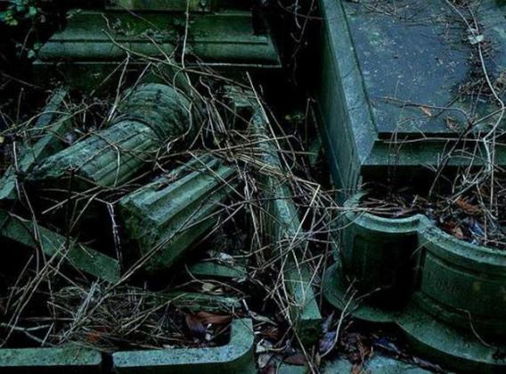 graveyard_scenes_640_11
