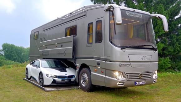 ゴージャスでござる!車を丸ごと収容するキャンピングカーが公開される(ドイツ)