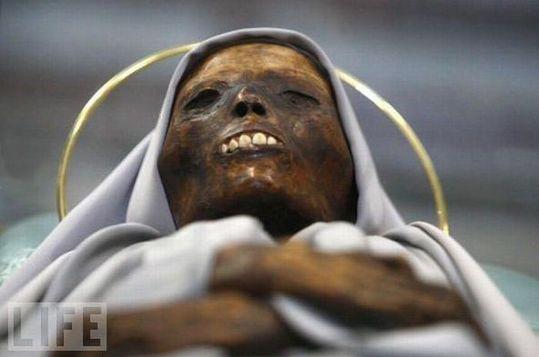 amazing_mummies_18