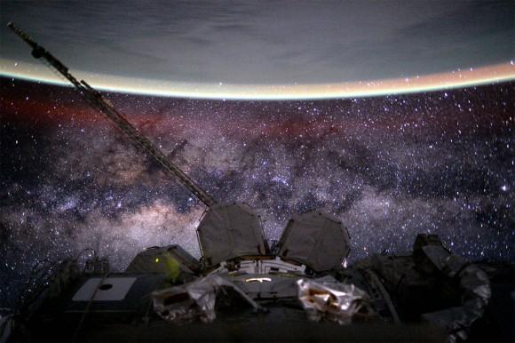 美しい・・・宇宙飛行士がISSから撮った息をのむような素晴らしい宇宙写真