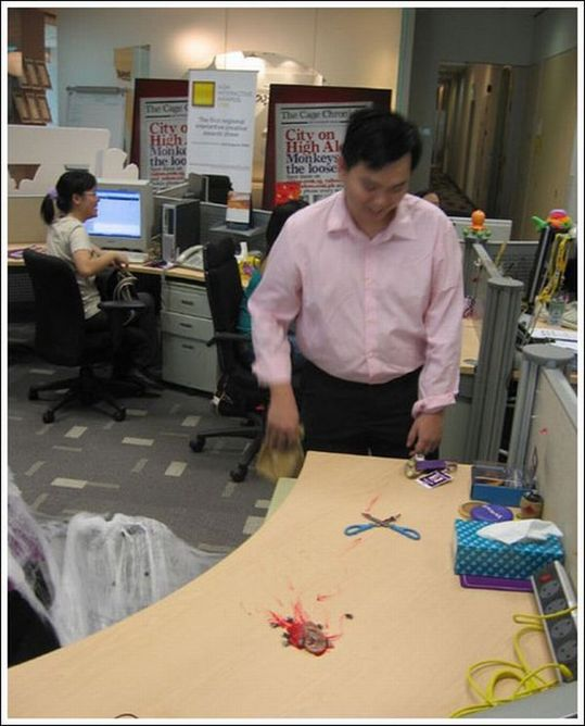 office_prank_05