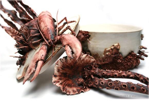 「海の幸に覆われし白い食器たち(海産物つぶつぶ注意)」の画像 : カラパイア