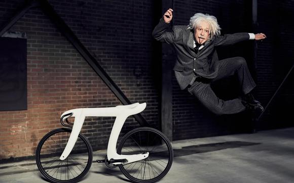 """好きな偉人は""""アインシュタイン""""と即答しちゃう人なら欲しくなる、Π(パイ)自転車"""