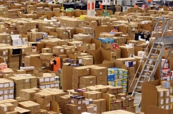 Gigantic-Warehouse-009_e