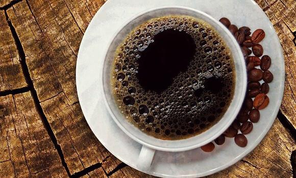 コーヒーの苦みを抑える簡単な方法
