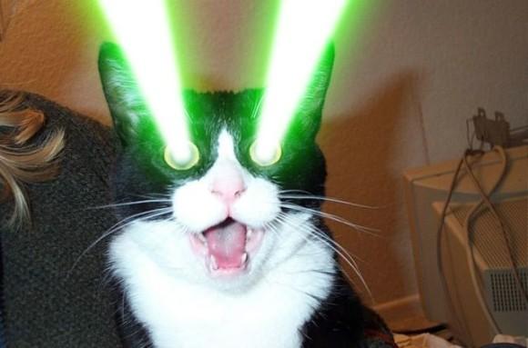 目からレーザー照射ができるコンタクトレンズが開発される(スコットランド研究)