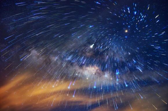 こと座流星群がやってくる!4月22日深夜がピーク、空を見上げて流れ星に願いを(ライブ動画配信中)