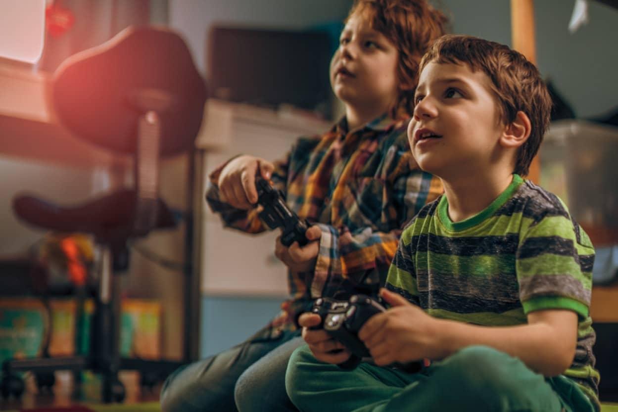 テレビゲームで定期的に遊ぶ男の子はうつ病になるリスクが低いという研究結果
