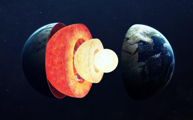 地球の内核に異変。西側と東側で偏って成長していることが判明