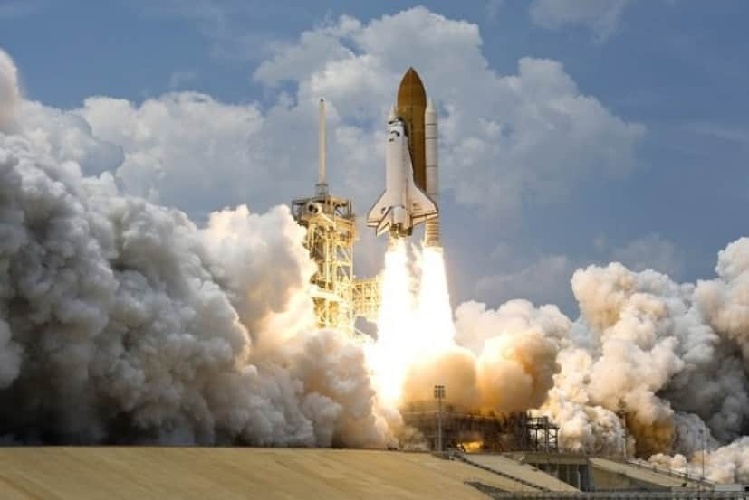 rocket-launch-67643_640_e
