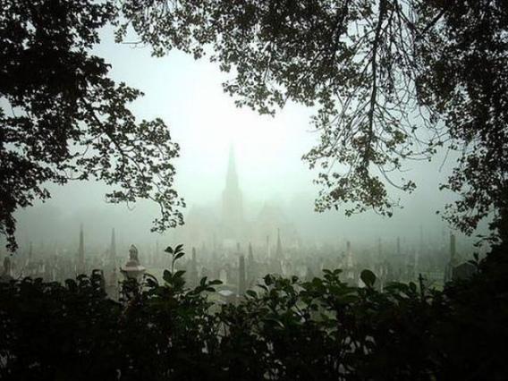 graveyard_scenes_640_14