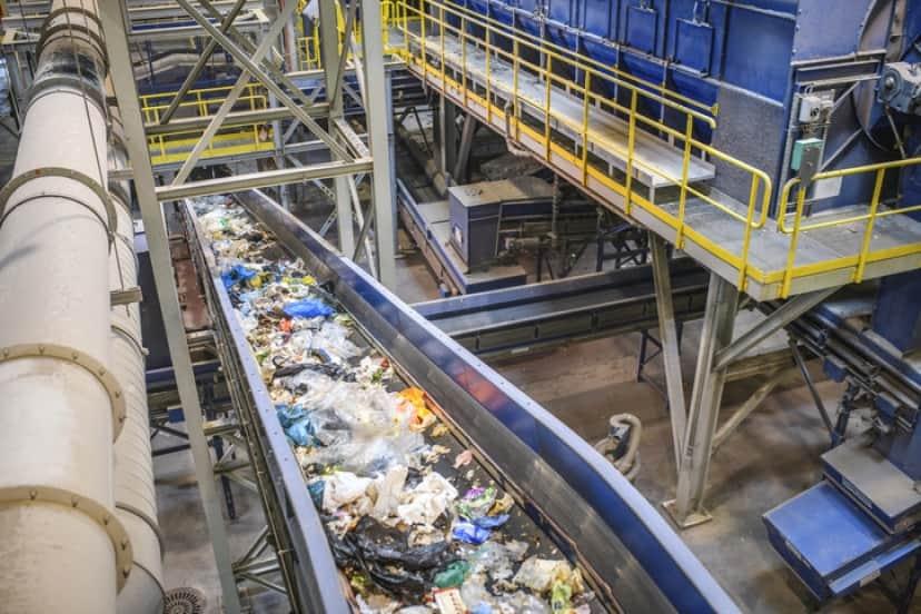 プラスチックのリサイクルが難しい理由