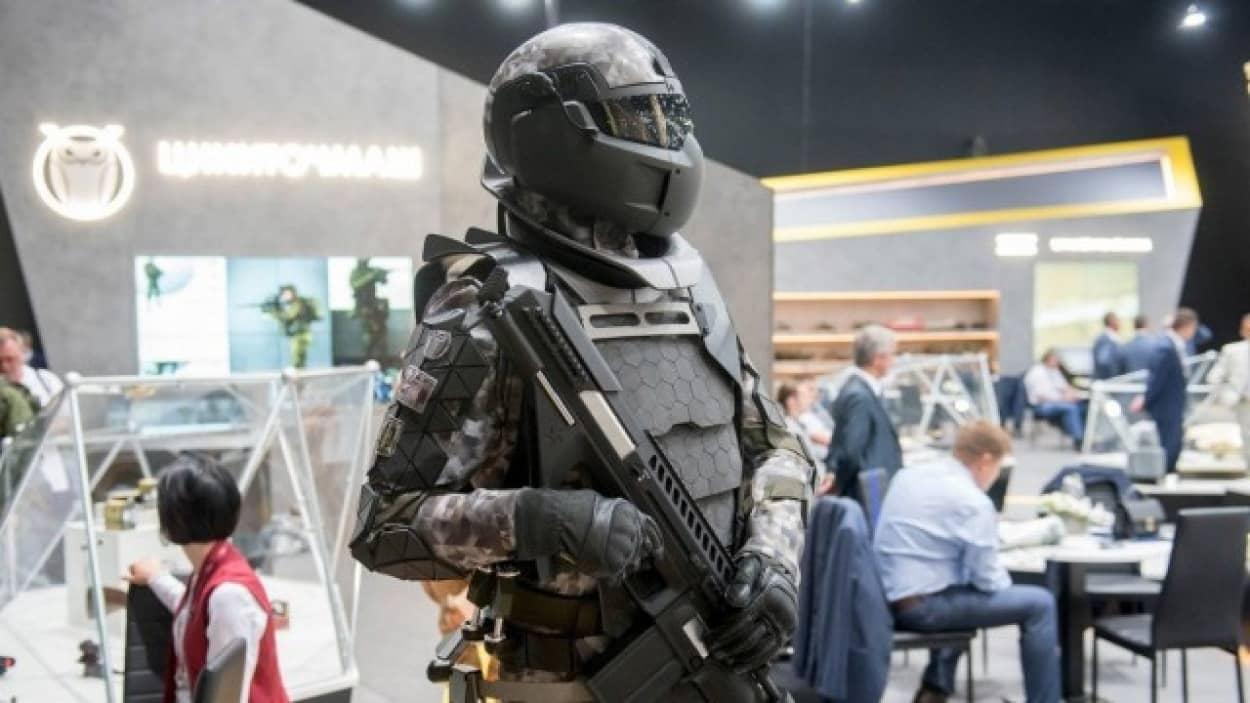 重機関銃すら防ぐ次世代コンバットスーツをロシアが開発