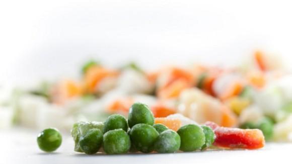 野菜や果物は冷凍食品の方が生鮮食品よりも栄養価が高い場合 ...