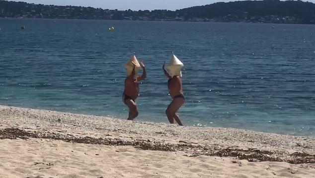 なぜバレないと思った?ブイに変装して海で泳いだ男性、罰金刑になるも「後悔はしていない」(フランス)