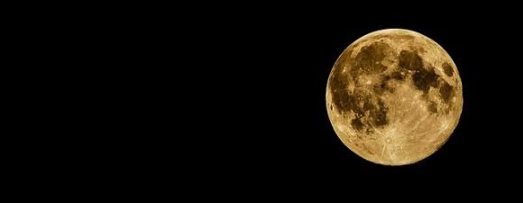 full-moon-415501_640_e0