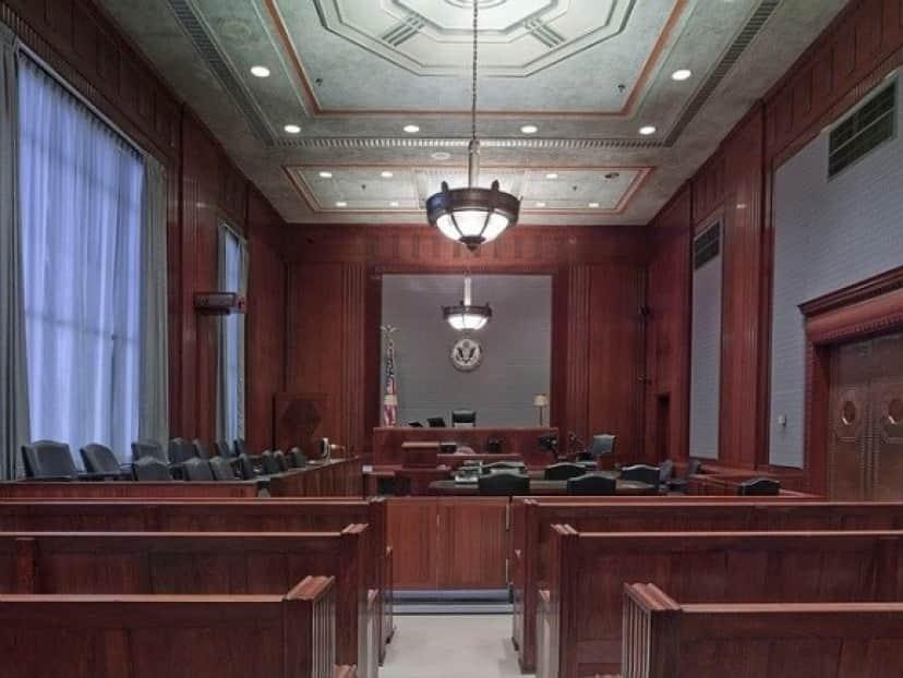 courtroom-898931_640_e
