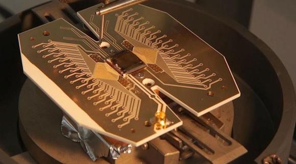 世界を一変させるかもしれない量子スーパーコンピューターの設計図が公開される(英物理学者)