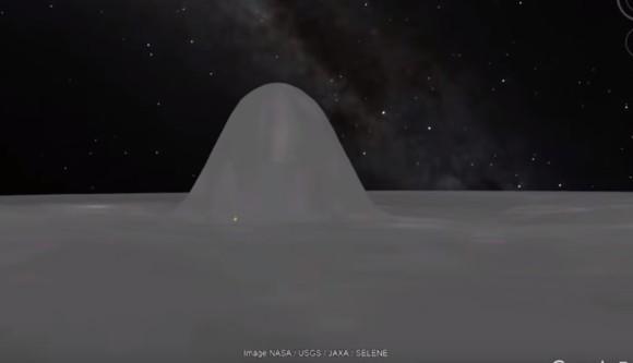 月にもっこり。巨大なピラミッド状の建造物がGoogle moonで発見される。