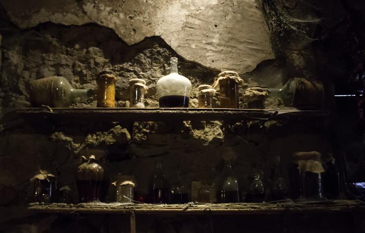 伝説の賢者の石を作り出したと言われるニコラ・フラメル