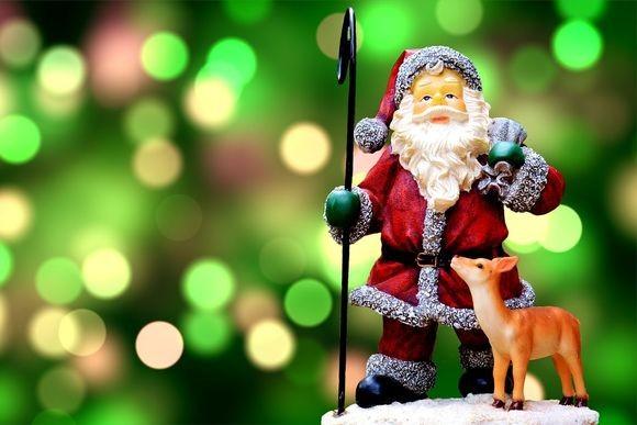 santa-green_pixabay