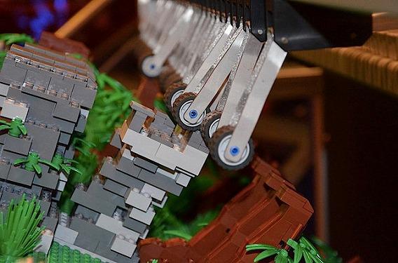 lego-barrel-organ-8