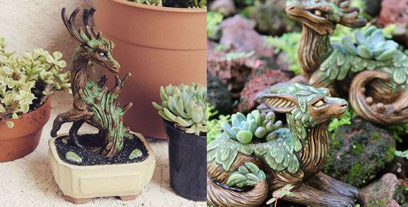 宮崎駿のジブリの世界観からインスパイアを受けたという盆栽的彫刻や植木鉢