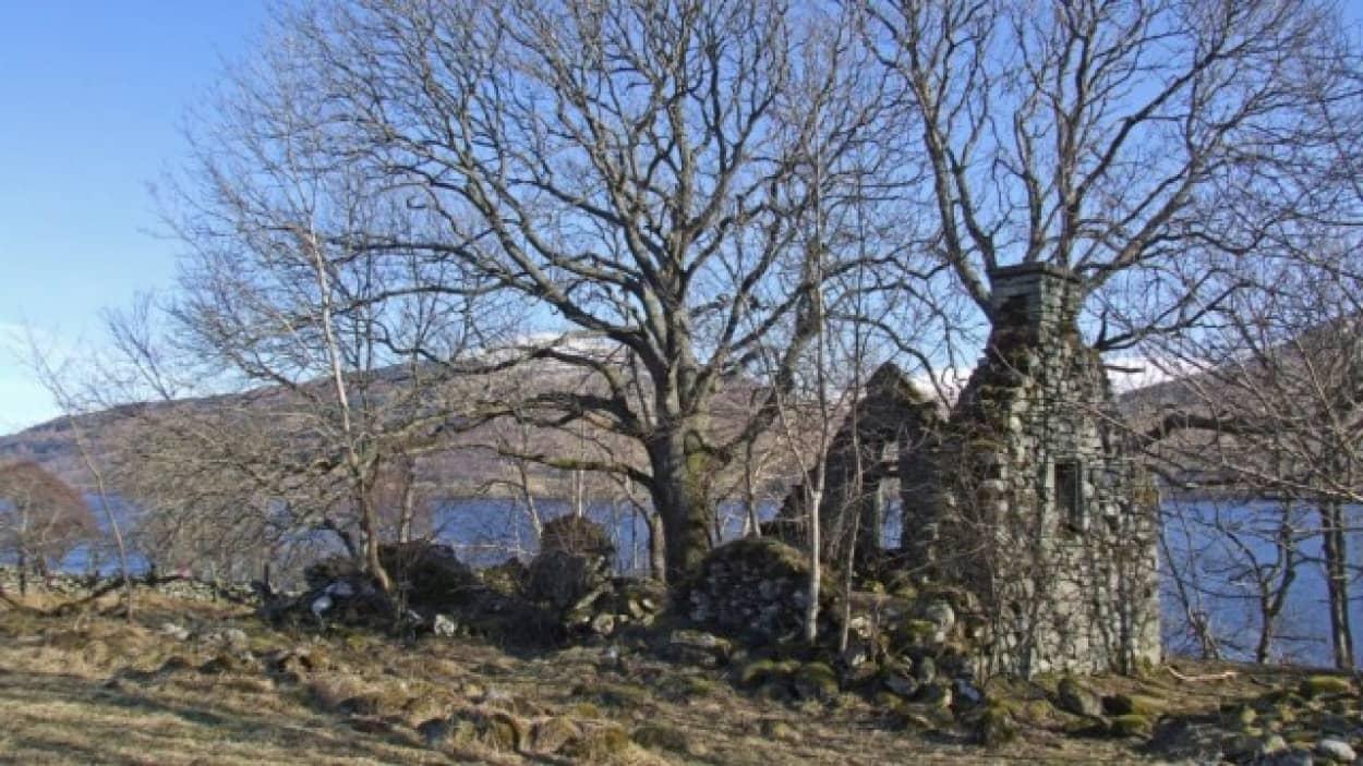 予言者の幽霊が出ると噂の村がまるごと売り出し中(スコットランド)