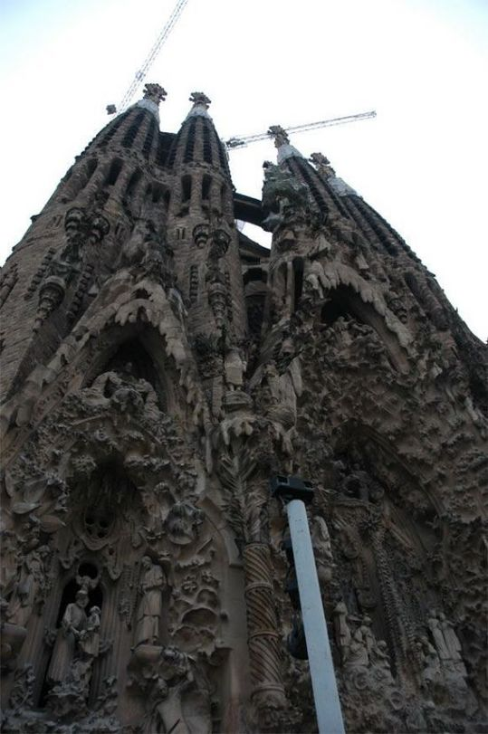 temple_expiatori_de_la_sagrada_familia_in_barcelona_05