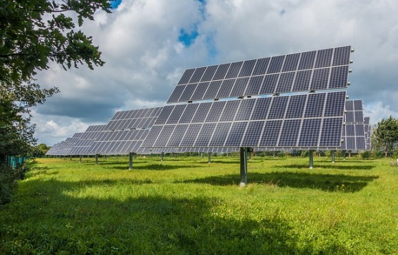 photovoltaic-system-2742302_640_e