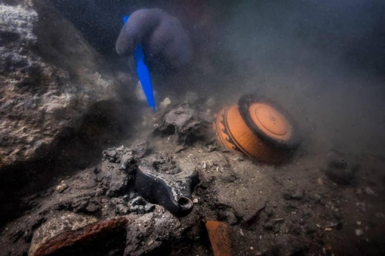失われた都市「ヘラクレオン」で水没したエジプトの軍用船とギリシャの墓が発見される