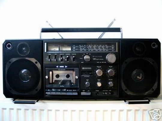 old_school_boomboxes_21