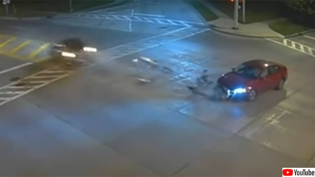 「神に運転を託した」暴走事故を起こした女性の供述