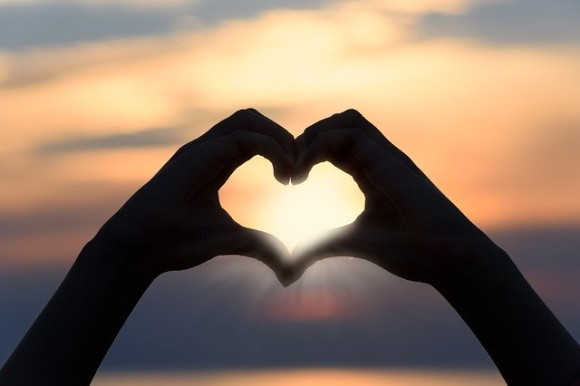 heart-3147976_640_e