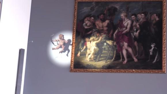 ルーベンスの絵画からキューピットが抜け出して動き回る!新感覚プロジェクトマッピング(ベルギー空港)