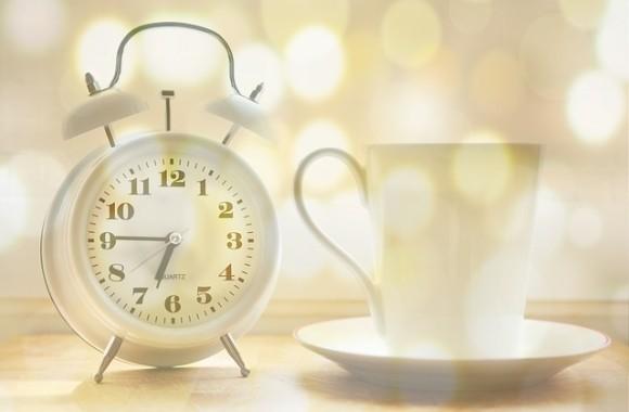 alarm-clock-2132264_640_e