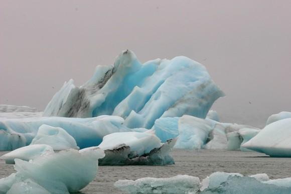 iceberg-1608570_640_e