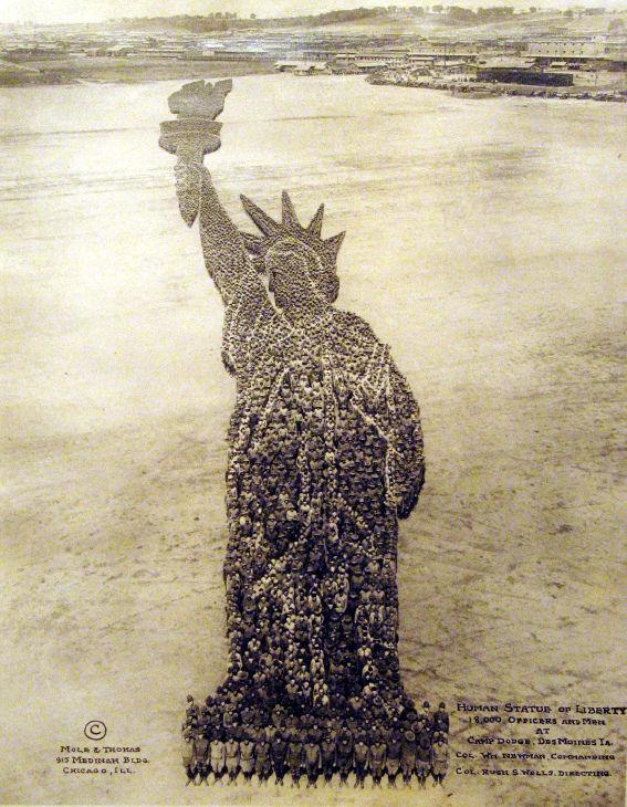 MPH 56, Human Statue of Liberty