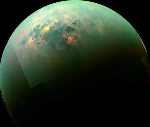 土星の衛星「タイタン」に存在す...