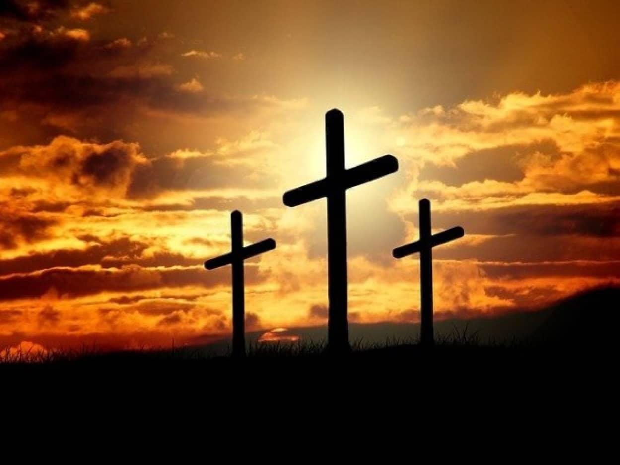 キリストを真似て生き埋めになった牧師が死亡